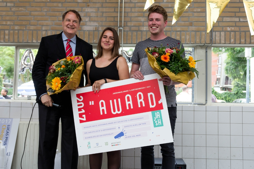 Anne Roos Hosters en Tim Verbakel winnen Jheronimus Award 2017